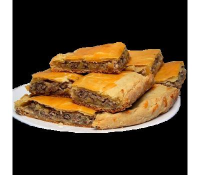 Пирог с мясом и картофелем (кусочки)