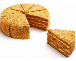 Торт «Ностальжи» (медовые коржи, варен. сгущен. молоко, масло, курага, грец. орех)